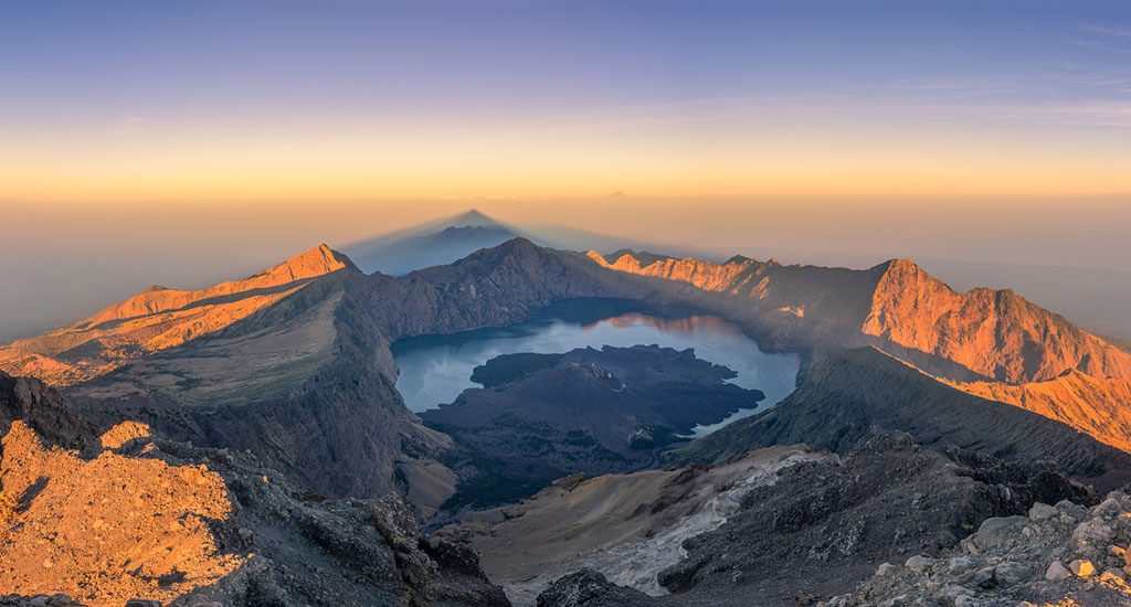 islands-lombok_mount_-rinjani
