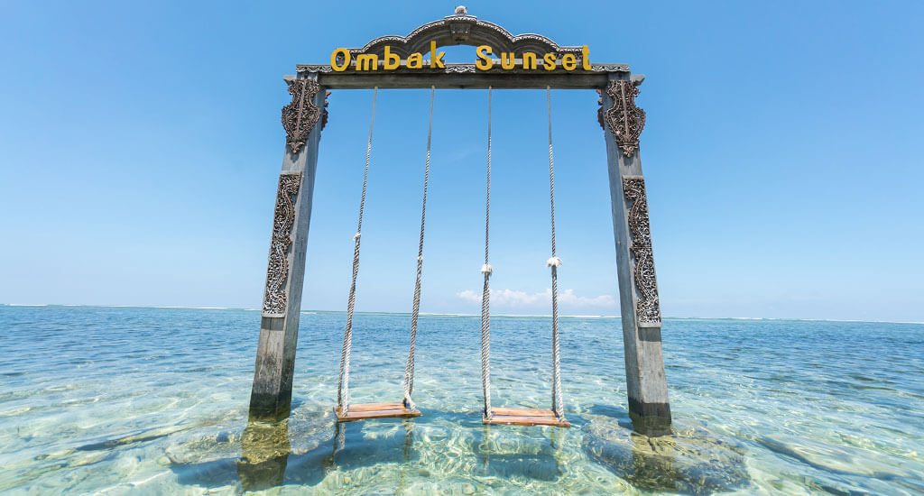 islands-gili-swing